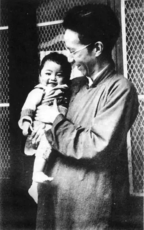 """他无一纸文凭,何以成为清华教授,被誉为""""三百年才出一个的大师""""?"""